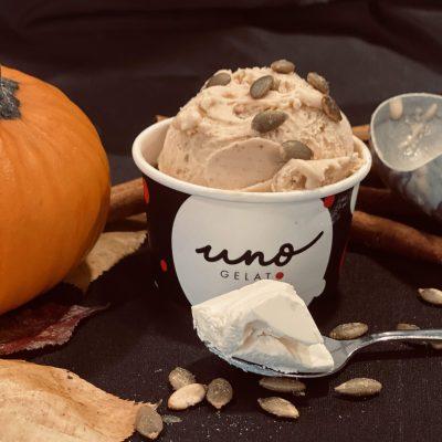 Uno gelato - pumpkin cheesecake gelato